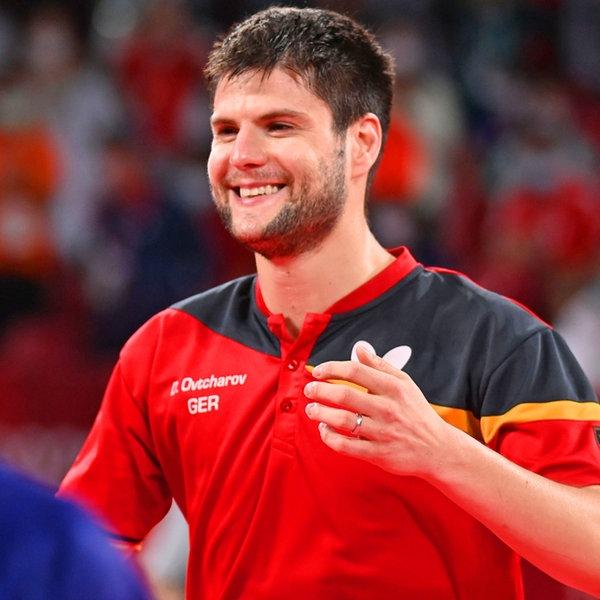 Der deutsche Tischtennis-Spieler Dimitrij Ovtcharov gewinnt Bronze im Einzel gegen Ju Lin aus Taiwan.   dpa-Bildfunk