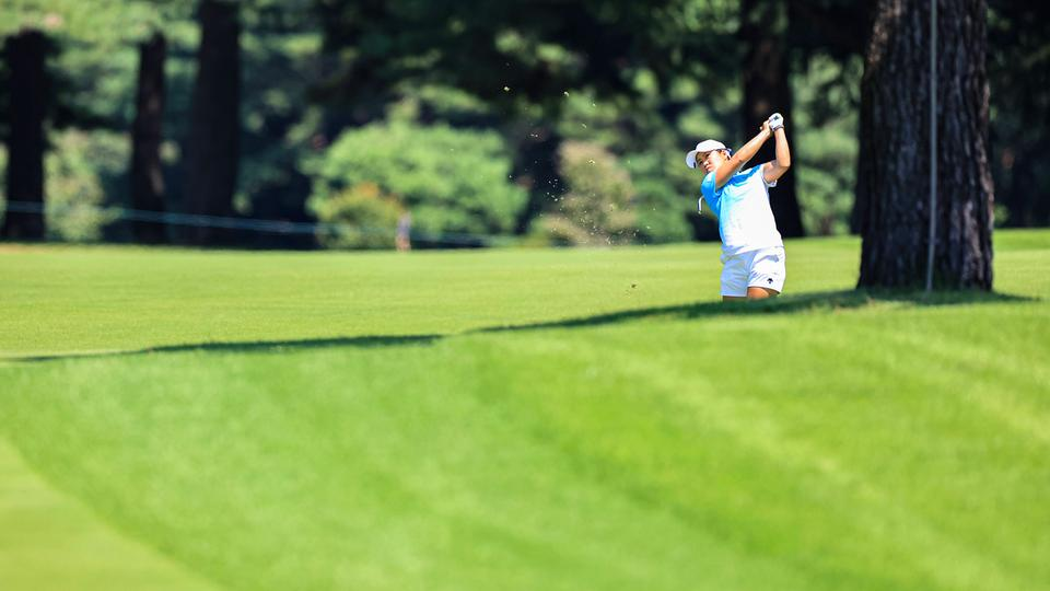 Die japanische Golferin Nasa Hataoka in Aktion.   IMAGO