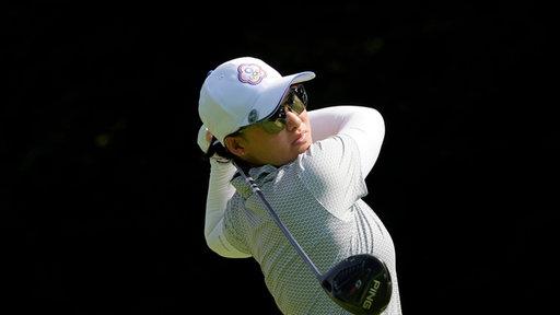 Die taiwanesische Golferin Min Lee nach dem Abschlag.