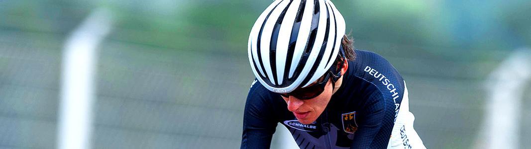 Para-Radsportlerin Jana Majunke vom BPRSV Cottbus, zweifache Paralympics-Siegerin von Tokio