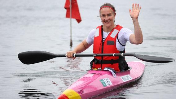 Edina Müller aus Deutschland kommt ans Ziel © picture alliance / dpa Foto: Karl-Josef Hildenbrand